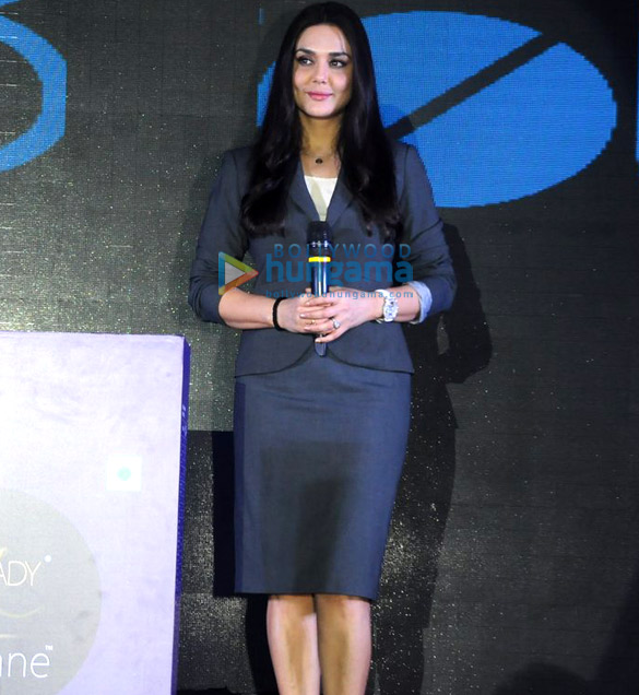 प्रीति जिंटा 'फ्रीलेडी रीगन' के ब्रांड एंबेसडर के रूप में चुनी गईं