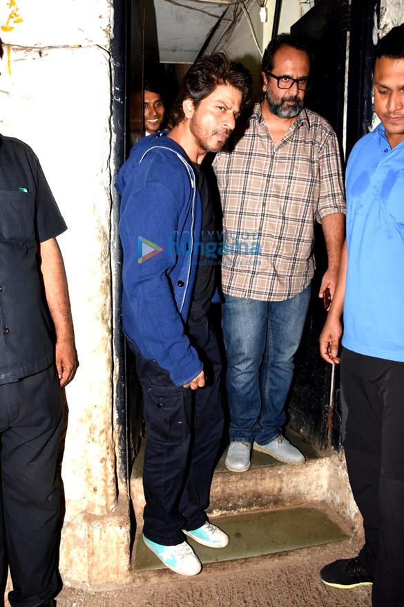 शाहरुख खान और आनंद एल राय डिनर के बाद आए नजर