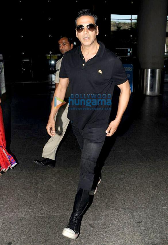 एयरपोर्ट पर नजर आए अक्षय कुमार