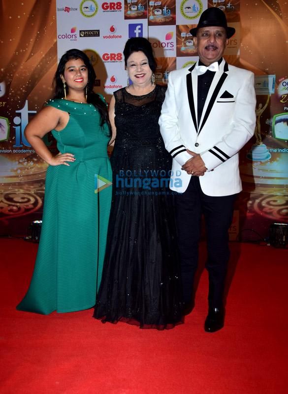 भारतीय टेलीविजन अकादमी पुरस्कार 2017 की शोभा बढ़ाते सितारें