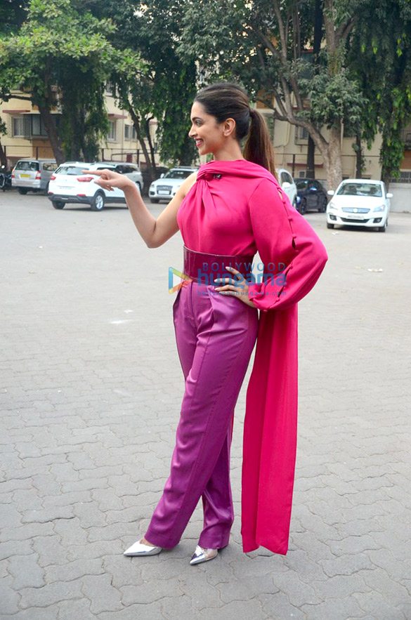 मुंबई में 'पद्मावती' को प्रमोट करतीं दीपिका पादुकोण