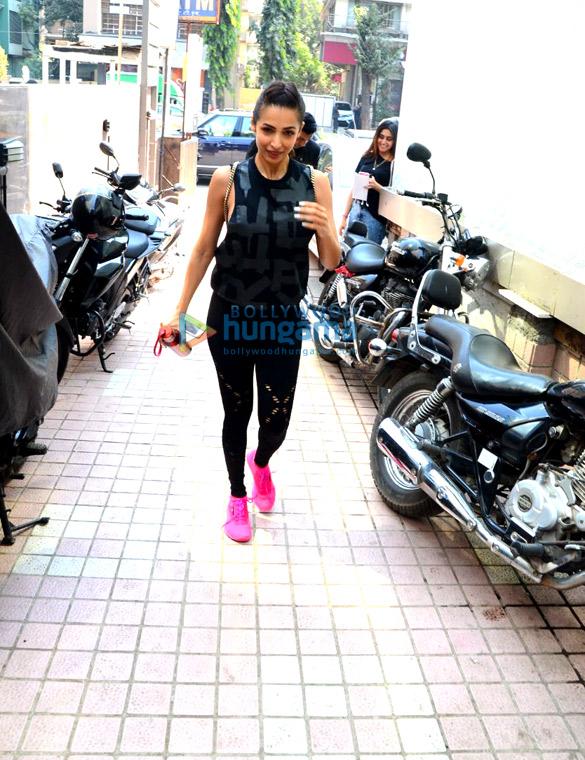 बांद्रा में जिम में नजर आईं मलाइका अरोड़ा