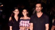 अर्जुन रामपाल अपने परिवार के साथ बीकेसी स्थित यौचा में आए नजर