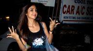 Photos: शिल्पा शेट्टी क्रोमोके सैलून, जुहू में नजर आईं
