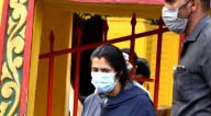 Photos: एकता कपूर जुहू में श्री मुक्तेश्वर देवालय मंदिर में नजर आईं