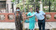 Photos: आयशा जुल्का और अनुषा श्रीनिवासन अय्यर वृक्षारोपण अभियान के दौरान नजर आईं