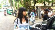 Photos: महिमा चौधरी अपनी बेटी के साथ जुहू के क्लिनिक में नजर आईं