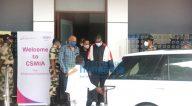 Photos: अमिताभ बच्चन कलिना एयरपोर्ट पर नजर आए
