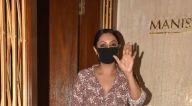 Photos: अनन्या पांडे, मलाइका अरोड़ा और अन्य बांद्रा में मनीष मल्होत्रा के घर पर नजर आईं