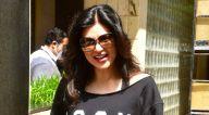 Photos: सुष्मिता सेन डबिंग स्टूडियो में नजर आईं